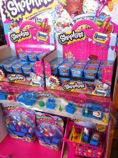 Cut toys shopkins display in store from Moose #shopkins