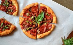 Yammie's Glutenfreedom: Pizza Hut Style Pan Pizza Crust: in glass 9x13 pan: rise 20 min in oven, bake 20 min - perfect