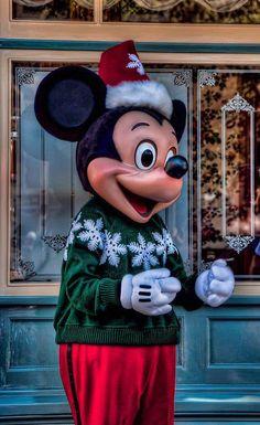 Mickey fazendo parte da Festa de Natal