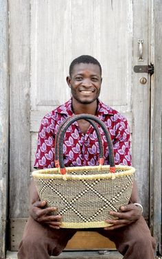 Oval Basket (Medium) by Samson Adombillah
