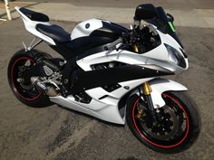 Dear Santa......i have been this good.....PROMISE!!! yamaha r6 2007 white
