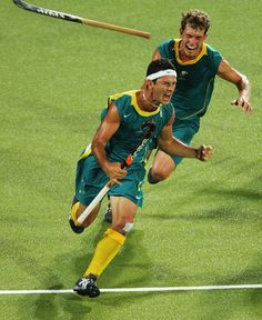Inspirational Moments: Olympic celebrations - ATHENS - AUGUST Jamie Dwyer of Australia celebrates after scoring the winning goal in men's field hockey gold medal match against the Netherlands on August 2004 during the Athens 2004 Summer Olympic Olympic Team, Olympic Games, Australia Olympics, Hockey Workouts, Stuart Franklin, Hockey World, Hockey Quotes, Asian Games, Commonwealth Games