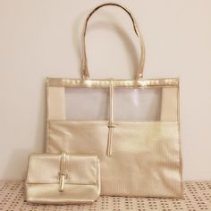 Gold Beach Tote + Make-up Bag luxurious matching tote + make-up bag! both in pristine condition / never used Amore Pacific Bags Totes