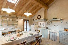 Kitchen - rustic | via Le case di Elixìr