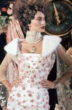 Dior 1998 SS HC 20's Edwardian inspired