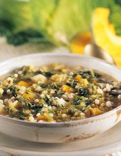 Zuppa di verza con zucca e orzo - Cucina Naturale
