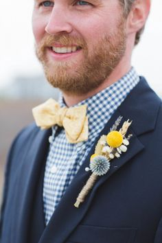 Yellow, navy, and gingham groom style | Image by Runaway Bride Nantucket