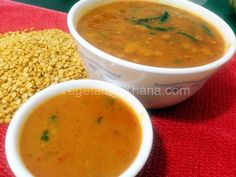Lentils prepared with tomatoes and garlic. It is a healthy, quick and nutritious recipe.
