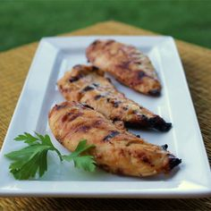 Honey Mustard Grilled Chicken - A creamy honey mustard basting sauce gets added zip from steak sauce in this quick and easy grilled chicken . Grilling Recipes, Cooking Recipes, Healthy Recipes, Top Recipes, Copycat Recipes, Easy Recipes, Vegetarian Cooking, Healthy Cooking, Cooking Time
