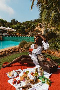 Love this photo! Bougie Black Girl, Fierce, Picnic Date, Summer Picnic, Black Luxury, Black Girl Aesthetic, Luxe Life, Photo Instagram, Travel Aesthetic