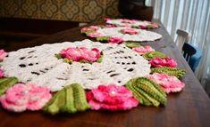 Trilho de Mesa Flores Rosas – Linha Duna