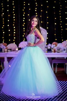 vestido 15 - Es Tutorial and Ideas Pretty Quinceanera Dresses, Pretty Prom Dresses, Sweet 16 Dresses, Cute Dresses, Quince Dresses, Ball Dresses, Princess Ball Gowns, Beautiful Gowns, Dream Dress
