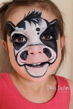 Daizy Design from nz cow face painting ideas for kids Face Painting Tutorials, Face Painting Designs, Paint Designs, Animal Face Paintings, Animal Faces, Looks Halloween, Halloween Makeup, Facepaint Halloween, Halloween Painting