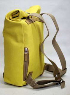 Such a back pack is what I was telling you about on Monday evening but now its blue in color  @IAmBryanEmry
