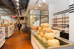 Eataly at World Trade Center – New York, USA - Photo: courtesy of Eataly  – Lighting products: iSight by iGuzzini Illuminazione #iGuzzini #Lighting #Light #Luce #Lumière #Licht #Retail #Italianfood #Eataly #iSight #WorldTradeCenter #NewYork