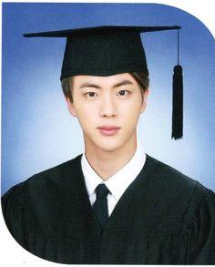 방탄소년단 김석진 (BTS Jin) graduation