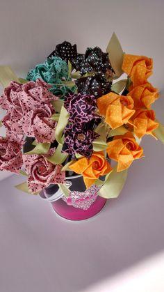 Transformando papéis e tecidos em surpresas!! | Marta Ide & Schaefer – SP – Brasil – encadernação artesanal, orinuno ou fabrigami (dobras em tecidos) e origamis – brindes corporativos, lembrancinhas, encomendas, decorações e aulas