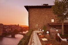 Lounge Bar La Terrazza: cool & cocktail Lounge in Florence - Lungarno Hotels Collection