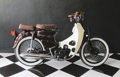 1989 Honda Prima (100cc) - Customized to resemble Honda C70 ✭ Island Motorcycles  #Scooter #Bali #Honda C70 #hondaprima #customscooter