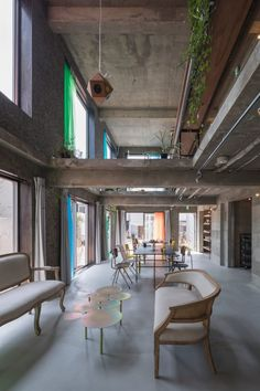 Tato Architects, Shinkenchiku-sha · The Blend Inn