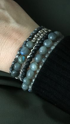 Handmade bracelet combination with labradorite Handmade Bracelets, Beaded Bracelets, Native American Indians, Labradorite, Pure Products, Jewelry, Fashion, Moda, Jewlery