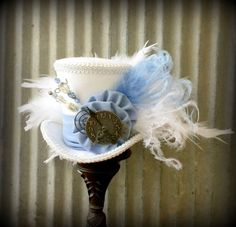 Hey, I found this really awesome Etsy listing at https://www.etsy.com/listing/205106290/mini-top-hat-alice-blue-alice-in
