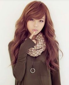 ulzzang- Gah i want her hair! 2015 Hairstyles, Pretty Hairstyles, Korean Hairstyles, Korean Hairstyle Long, Female Hairstyles, Wavy Hair, Her Hair, Wavy Bangs, Boxe Fitness