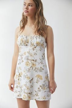 Tank Top Dress, Midi Shirt Dress, Poplin Dress, Maxi Dress With Slit, Floral Midi Dress, Frock Dress, Mini Slip Dress, Beige Dresses, Rompers