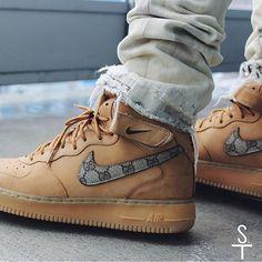 1c3997e4d69 Nike Air Force 1  Gucci Flax  Custom by sneaker.team Nike Foamposite