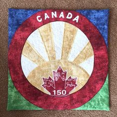 Bobbins had a relaxing weekend and is happy to start the week at Craig's Store in Olds, AB! The sun in their block pattern is perfect, Mrs. Bobbins loves it! Quilting Tips, Quilting Patterns, Canadian Quilts, Quilts Canada, Canada Maple Leaf, Canada 150, Quilt Of Valor, Leaf Crafts, Row By Row
