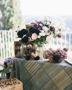Details of a September wedding in Tuscany. D&J wedding. @lisapoggi  @larosacaninafirenze Planner @laurafrappa from @exclusiveitalyweddings @jvinamont caterer #tuscanywedding #weddingitaly #countrychicwedding #italy #weddingdecor #italyweddinganner #summerwedding #lovemyjob