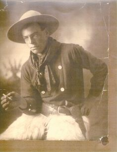 Round-Up and Happy Canyon Hall of Fame: John Spain  A Cottage Grove native, Spain was born in 1881 and participated in the very first Round-Up. Spain died at the age of 47 after winning six saddles as a saddle bronc rider.