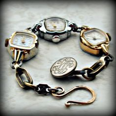A fun bracelet to make from old watch pieces and a shank button! Cute w working watches and an Alice in Wonderland quote...