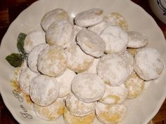 Canistrelli with pistachios - HQ Recipes Filled Cookies, Czech Recipes, Dried Apricots, Baking Sheet, Pavlova, Pistachio, Quick Easy Meals, Raisin, Christmas Cookies