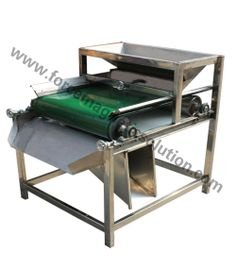 Magnetic Roll Separator are widely used in various belt conveyors and chutes for cleaning the materials and collecting iron tramps.