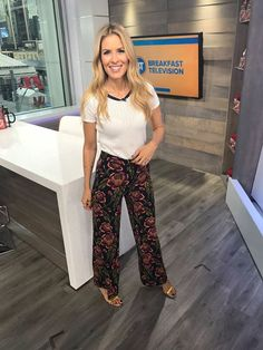• Floral Pants • Get @DinaPugliese's outfit details at: http://yorkdale.com/dinas-closet-september-29-3/ #DinasCloset #YorkdaleStyle #CentreOfStyle #Phones #Computers#Electronics #Fashion #Beauty #Health