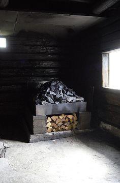 savusauna | Tommi Kyyriäinen | Flickr Portable Steam Sauna, Building A Sauna, Finnish Sauna, Wooden Architecture, Natural Wood, Diy Sauna, Farms, Shower, Bathroom