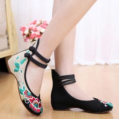 Hot Women Embroidery Chinese Style Dichotomanthes Bottom Casual Flat Shoes Ushk