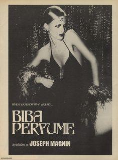 Vintage and old perfume adverts and bottles Biba Fashion, Seventies Fashion, Retro Fashion, Vintage Fashion, Fashion Art, Vintage Advertisements, Vintage Ads, Film Movie, Perfume Adverts