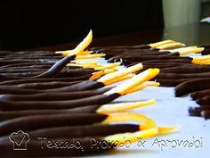 Casca de laranja cristalizada com chocolate