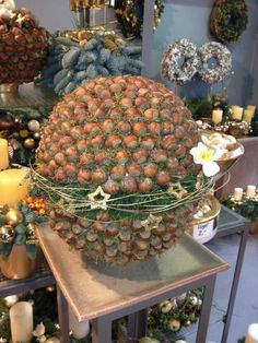 Events and Exhibitions – Flower Gallery Knorr Decor Crafts, Diy And Crafts, Christmas Crafts, Christmas Ornaments, New Years Decorations, Flower Decorations, Christmas Decorations, Christmas Love, Rustic Christmas