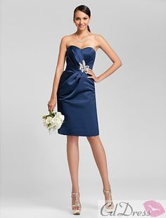 Charming Sheath/Column Sweetheart Knee-length Satin Bridesmaid Dress