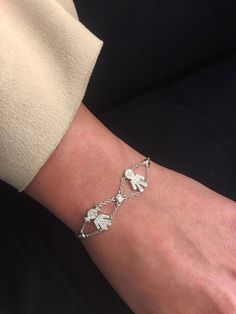 Brave to be a mummy! It's Mother's Day on the 14th of May.. Don't forget to say thank you with this cute new Danelian Angels bracelet made of white round brilliant diamonds