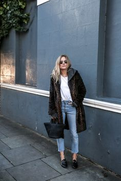 Try wearing a pair of loafers with a statement faux fur coat and vintage style jeans to copy Lucy Williams' alternative, retro style! This look is ideal for everyday wear all year round! Coat: Uniqlo, Jeans: Redone, T-Shirt: Maison Labiche, Hoodie:...