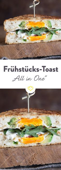Frühstücks-Fusion: Avocado, Brot und Ei verschmelzen zu einem Sandwich und landen nicht auf dem Brot, sondern verbergen sich heimlich innen drin.