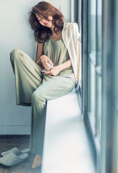 52 Ideas Design Room Young For 2019 Vogue, Beauty Photography, Photography Ideas, Minimalist Fashion, Her Style, Asian Woman, Lounge Wear, Asian Beauty, Nightwear