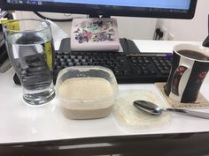 Carb breakfast as training day! Protein cinnamon oats black coffee and water  #proats #protein #healthyliving #healthyeating #myprotein #cinnamon #cookiesncream