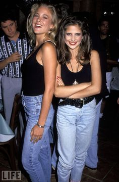Yup we wore mom jeans with bodysuits! Very chic :)
