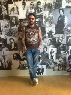 TATTOO FANS GR: Αντρέας και Black Revolver Tattoo Studio