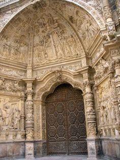 Portico de la Catedral de Astorga  España